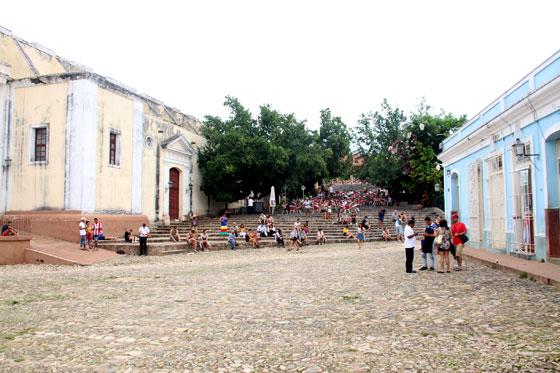 Escalinatas junto a la Iglesia