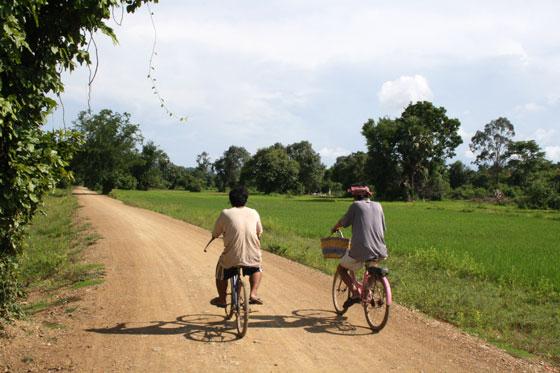 Que ver y hacer en Si Phan Don (Pasear por las islas en bicicleta)