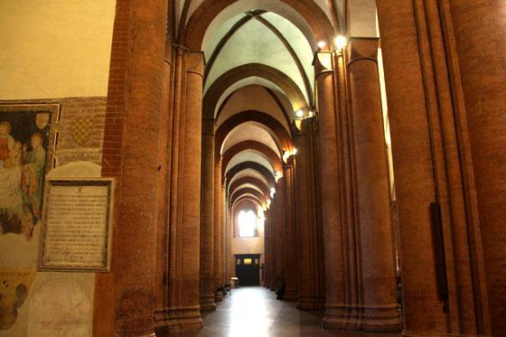 Interior de Santa Maria del Carmine ,