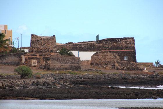 Que ver y hacer en Puerto del Rosario ... sus famosos hornos de piedra caliza